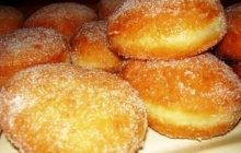 Cream doughnut