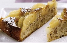 Walnut cake with pears